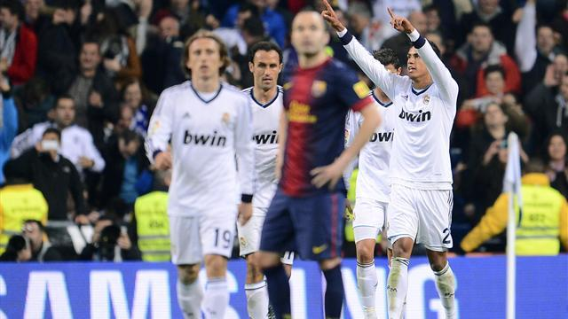 Liga - Varane showered with praise