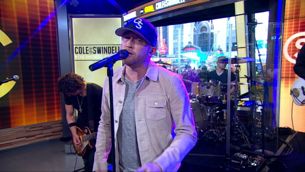 Good Morning America Live Tickets : Cole swindell performs live on gma watch the video