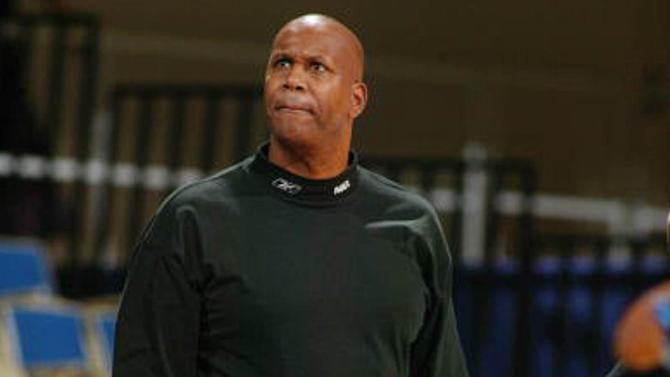Former NBA player Kermit Washington charged with embezzling from charity