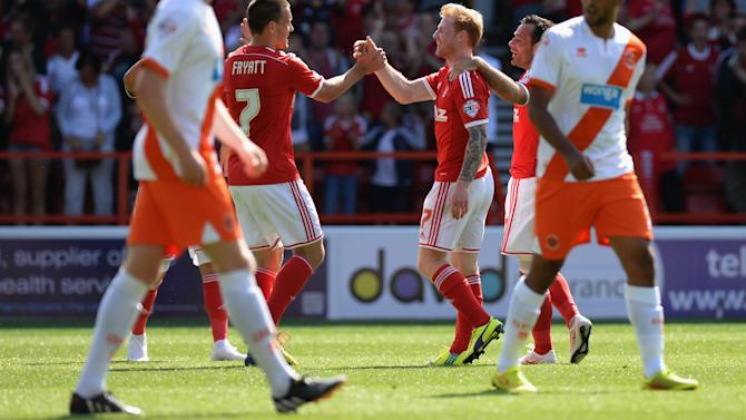 Championship - Pearce starts with win at Nottingham Forest