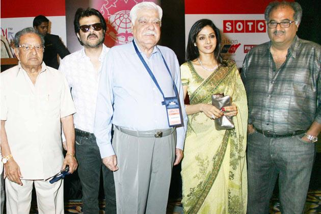Rare photos of Anil Kapoor