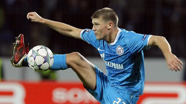 World Football - Denisov apologises to Zenit, returns to training