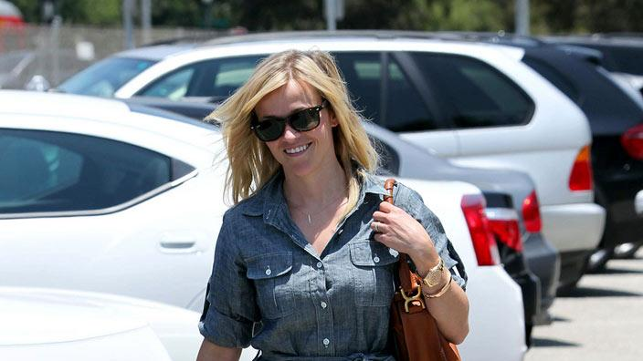 Reese Witherspoon denim