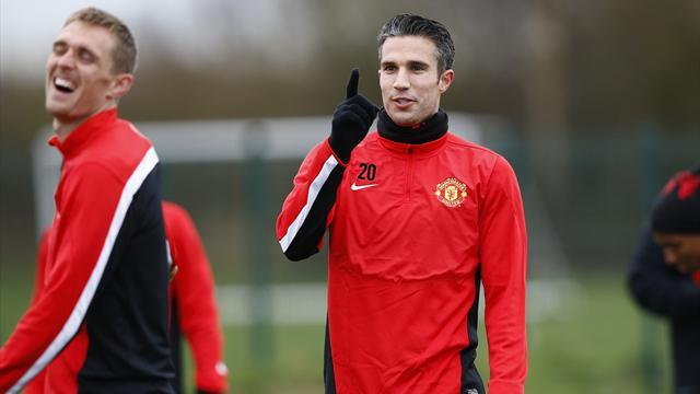 Premier League - Paper Round: RVP apologises to United team-mates