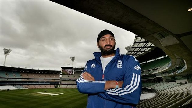 Monty Panesar is set to replace Graeme Swann in the England team for the Boxing Day Test at the MCG