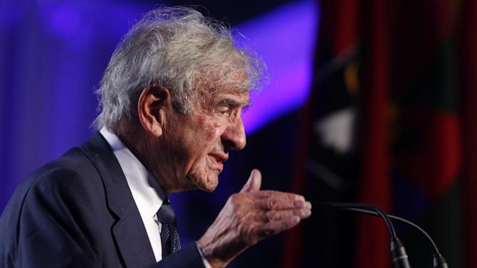 Nobel Peace Prize laureate and Holocaust survivor Elie Wiesel speaks at the 20th anniversary of the United States Holocaust Memorial Museum in Washington, Monday, April 29, 2013. (AP Photo/Charles Dharapak)