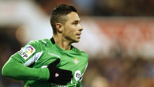 Liga - Betis striker Ruben Castro 'arrested for punching ex'
