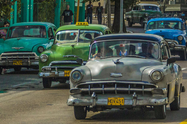 Are Americans Buying Up Old Classic Cars From Cuba