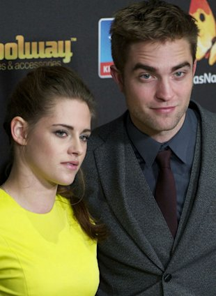 Denied! Robert Pattinson And Kristen Stewart Split Claims 'Completely Untrue'