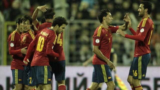 Del Bosque faces tough choices for France clash