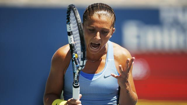 Tennis - Top seed Errani upset in final WTA event before US Open