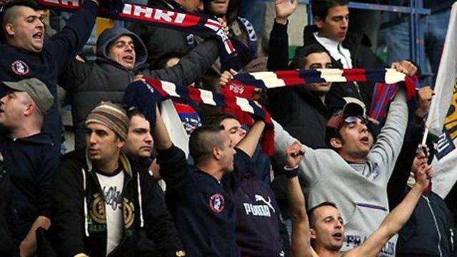 Serie A - Cagliari snatch draw at Palermo