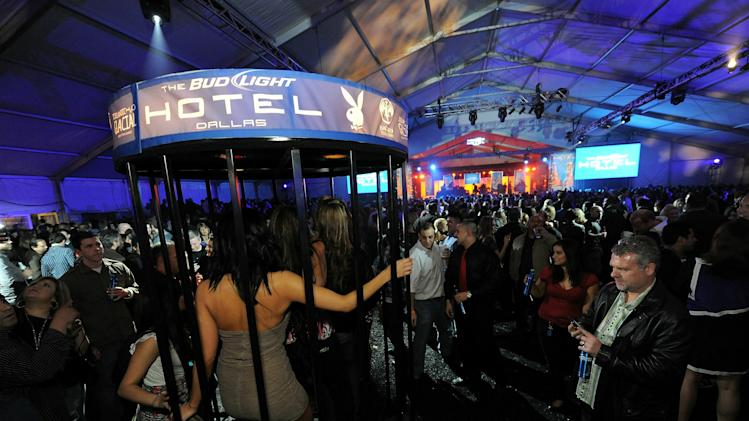 Bud Light Hotel Hosts Performances By Nelly, Ke$ha And Pitbull