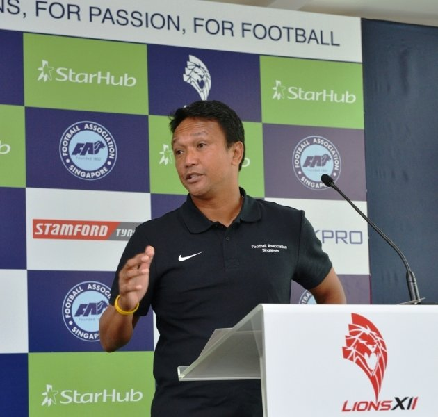 Singapore football hero Fandi Ahmad returns home (Yahoo Photo).