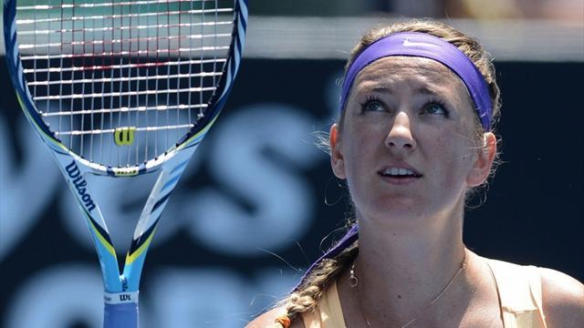 Australian Open - Azarenka reasserts authority to ease through