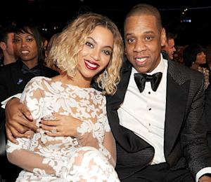 Beyonce Accessorizes Grammy Gown With $10 Million in Diamonds