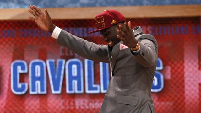Basketball - Cavaliers land top draft pick for a second straight year