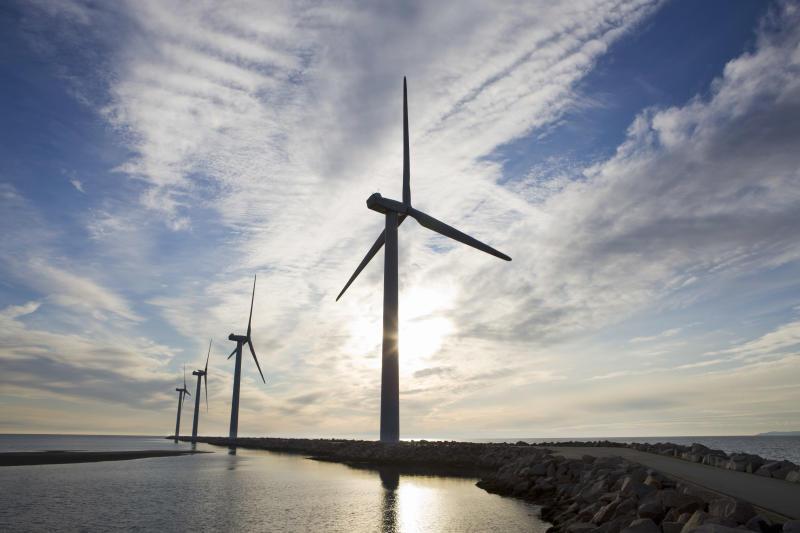 Utilities a due velocità: tante le occasioni buy da cogliere