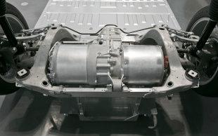 Tesla Model S motor in subframe
