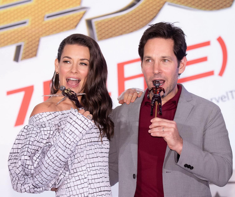 <p>台灣迪士尼也為《蟻人與黃蜂女》兩位主角精心準備拉糖的蟻人和黃蜂女,保羅路德與伊凡潔琳莉莉看到精緻可愛的拉糖顯得雀躍。 </p>