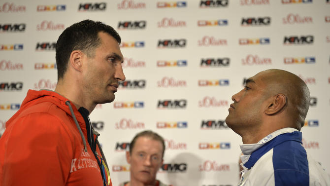 Truck driver Alex Leapai taking on Klitschko