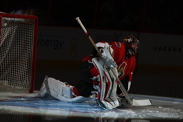 OTTAWA, ON - NOVEMBER 01: Ottawa Senators Goalie Craig Anderson (41) being introduced prior to a game between the Hurricanes and Senators on November 1, 2016, at Canadian Tire Centre in Ottawa, ON. (Photo by Jay Kopinski/Icon Sportswire via Getty Images)
