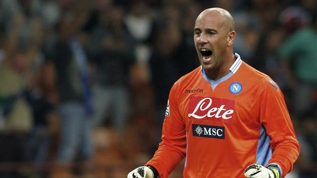 Liga - Cesc: Reina would be good for Barca