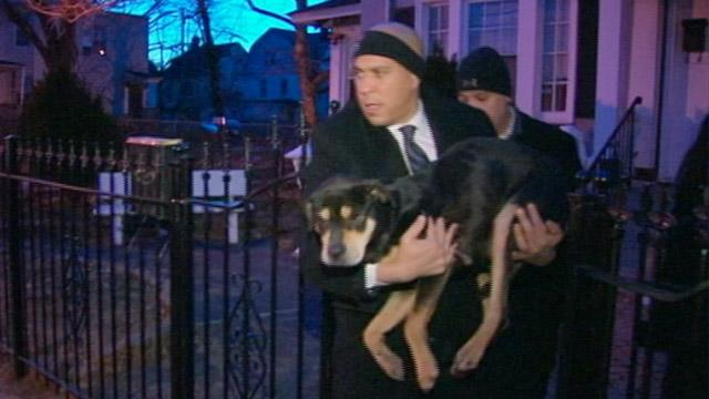 N.J. Mayor Cory Booker Helps Rescue Freezing Dog