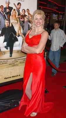 Anna Nicole Smith at Hollywood premiere of MGM's Be Cool