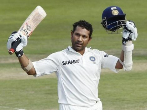 Sachin completes 34,000 runs in International Cricket