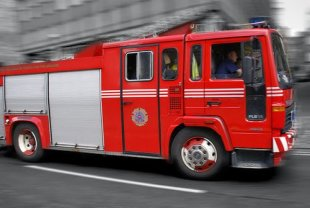 Why Are Fire Engines Red? image fire engine