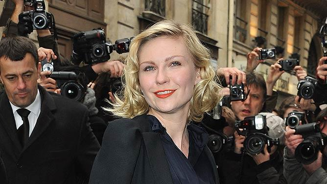 Kirsten Dunst Paris Fashion Week
