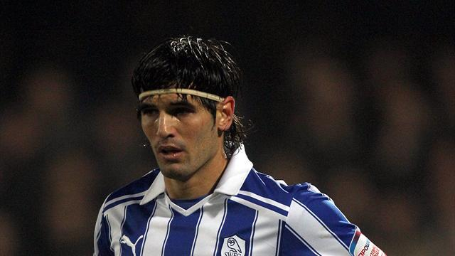 Football - New Owls deal for Llera