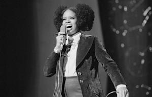 Soul Singer Fontella Bass Dead at 72