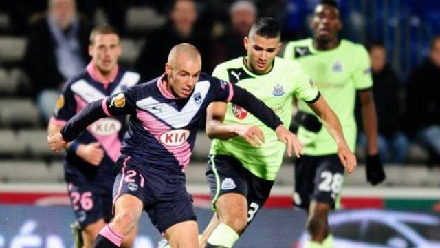Ligue 1 - Ajaccio sign Chalme, close on Oliech