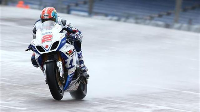 Superbikes - BSB: Brookes top wet first free practice