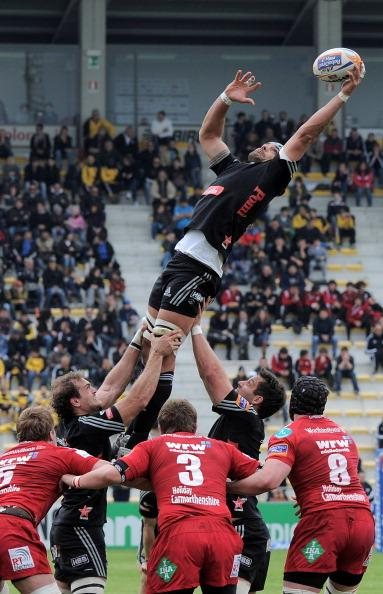 Marco Bortolami of Aironi wins the line out ball during the RaboDirect Pro 12 match between Aironi Rugby and Llanelli Scarlets at Stadio Luigi Zaffanella on April 15, 2012 in Viadana, Italy. (Photo by Dino Panato/Getty Images for Aironi)