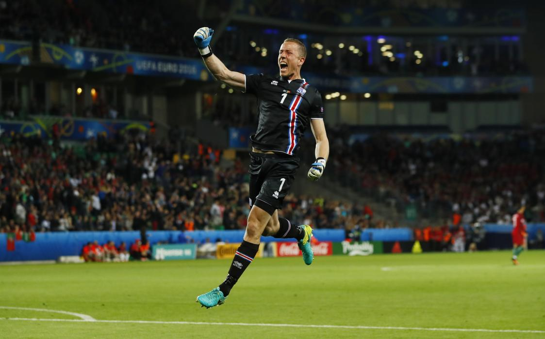 Iceland's Hannes Halldorsson celebrates at the end of the game