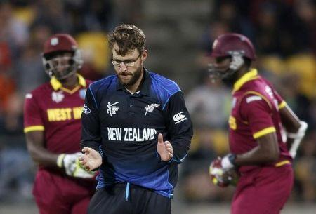 New Zealand's Vettori celebrates taking the last wicket to win against the West Indies during their Cricket World Cup match