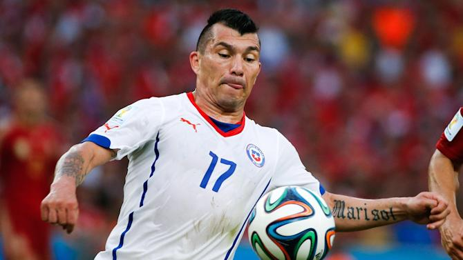 Serie A - Medel trains with Inter for first time