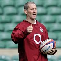 Stuart Lancaster has all but ruled out picking France-based players for England