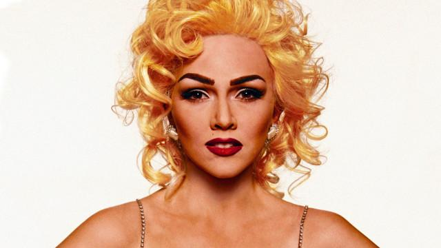 Beauty ReCovered - See Makeup Expert Kandee Johnson Transform into 1990s Madonna in 30 Secs!