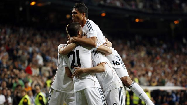 Liga - Real Madrid thump Almeria to move level with Atletico