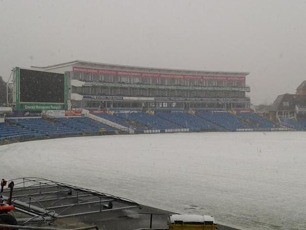 @Yorkshireccc  — Yorkshire Cricket — Cricket in the winter. It's looks a picture but roll on the summer. pic.twitter.com/fw9Nhyq4