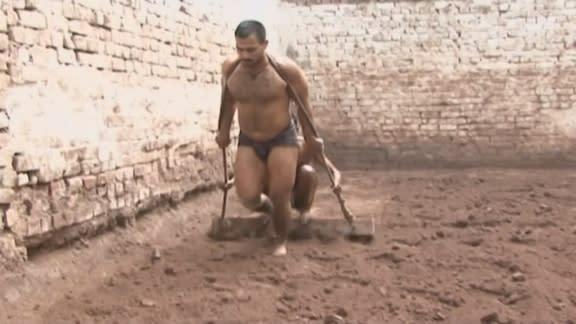 Traditional wrestling on wane in Pakistan