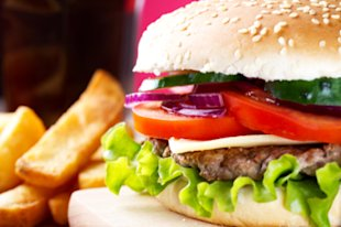 As appealing as it may look, this fast food burger isn't worth full-price.