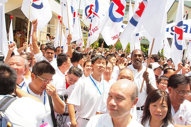 Now that the public is more assertive, it wouldn't hurt to think about what exactly we expect from the PAP. (Yahoo! file photo)
