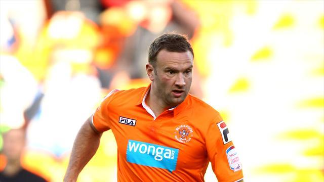 League Two - Evatt returns to Chesterfield