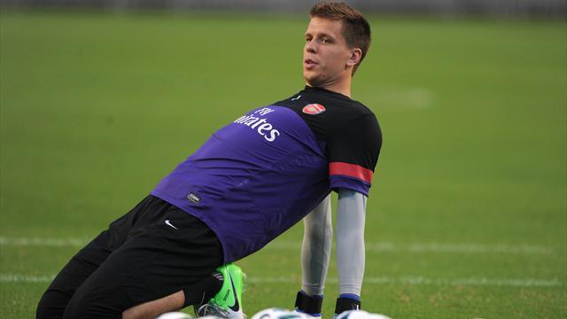 Premier League - Szczesny keen to stay with Arsenal
