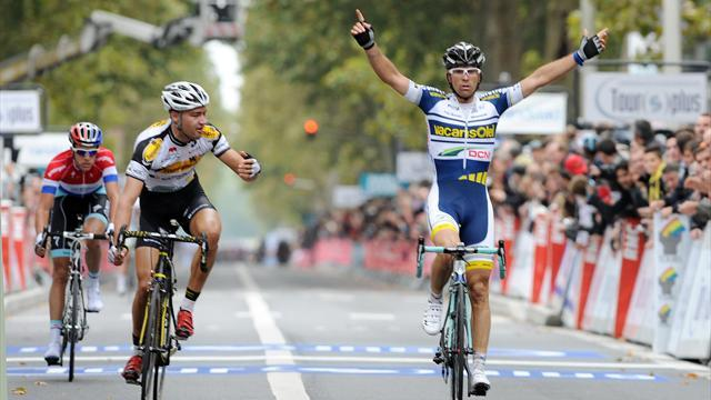 Marcato wins Paris-Tours after breakaway